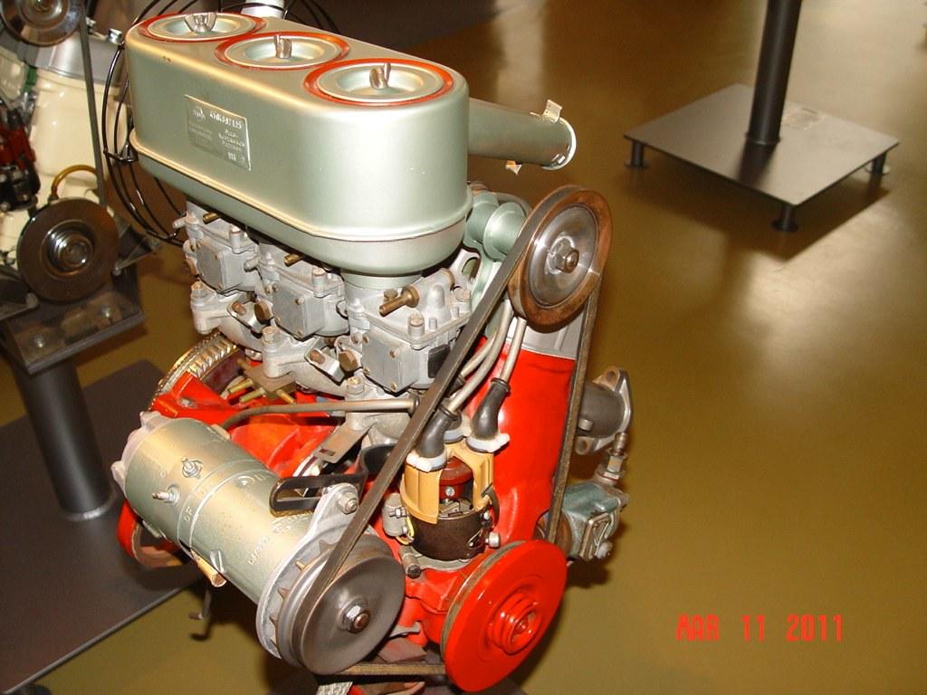 c Saab museum engine- 1962-64 841cc 3 cylinder 2 stroke 4