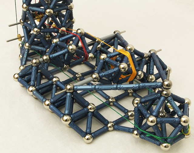 Geomag Mechanics: Tower Crane 3/5