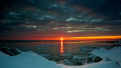 winter snow ice sunrise landscape shoreline lakemichigan openlands 5dmarkii
