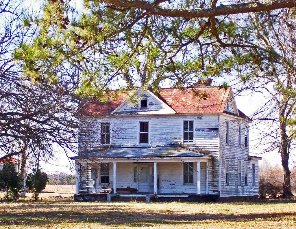 Big Old Abandoned Farm House: Hobgood Road, Edgecombe Coun
