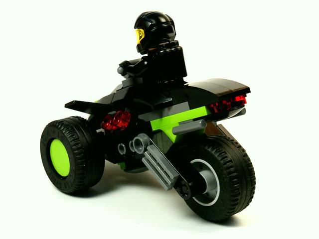 Blacktron III - Tri-wheeler [pic.2]
