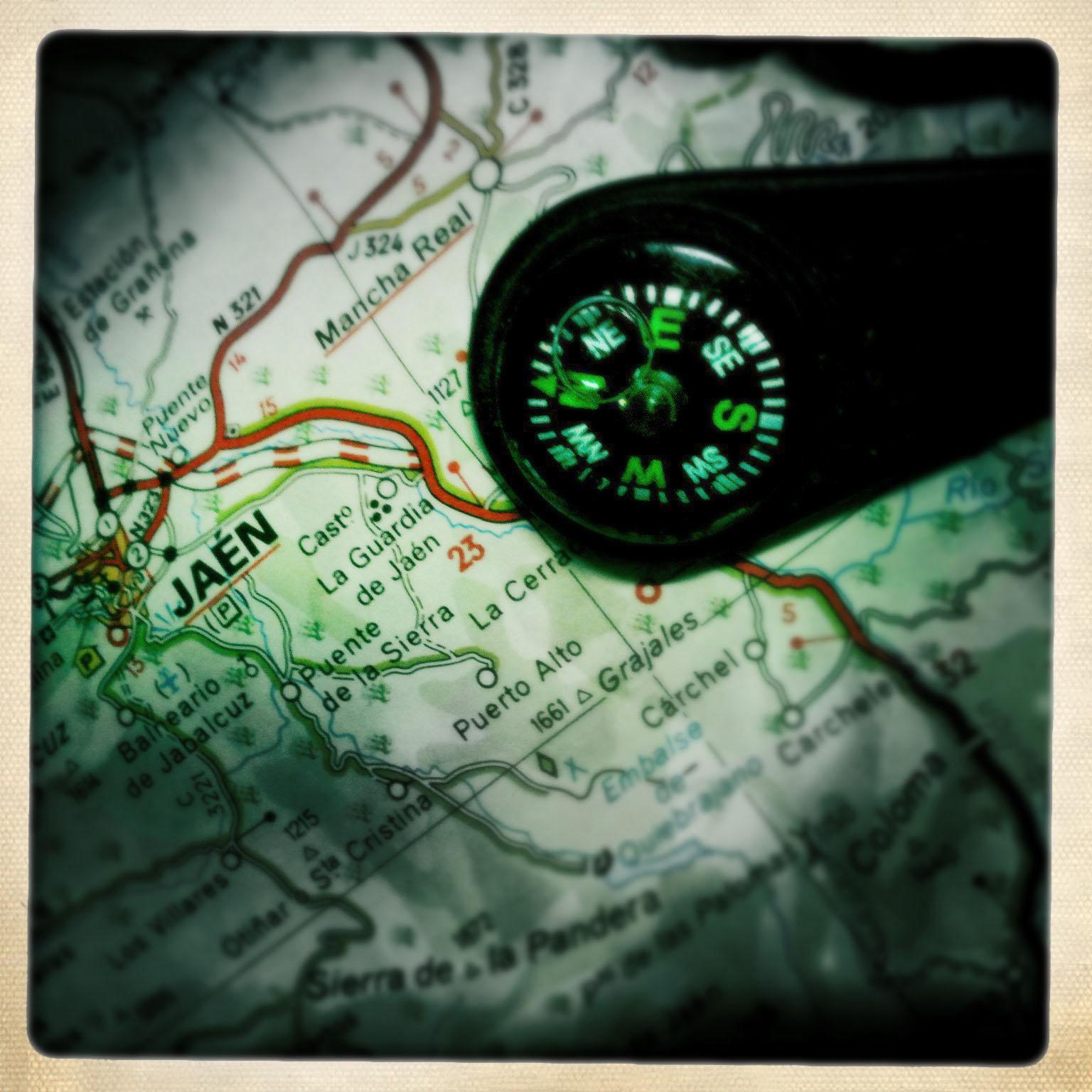hipstamatic,tony,smith,snith,tonysmith,tonysmit,tonysmithhotpix,hotpix,story,tale,spain,espana,spanish,compass,map,jaen,toen,pueblo,Lost,navigate