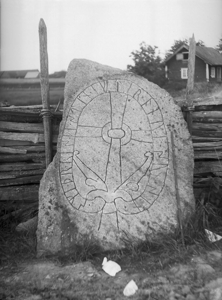 Rune stone, Krna, stergtland, Sweden | Boy and - Flickr