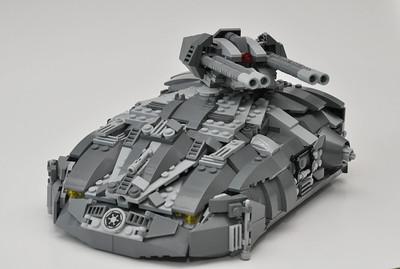 Aspis Tank - front