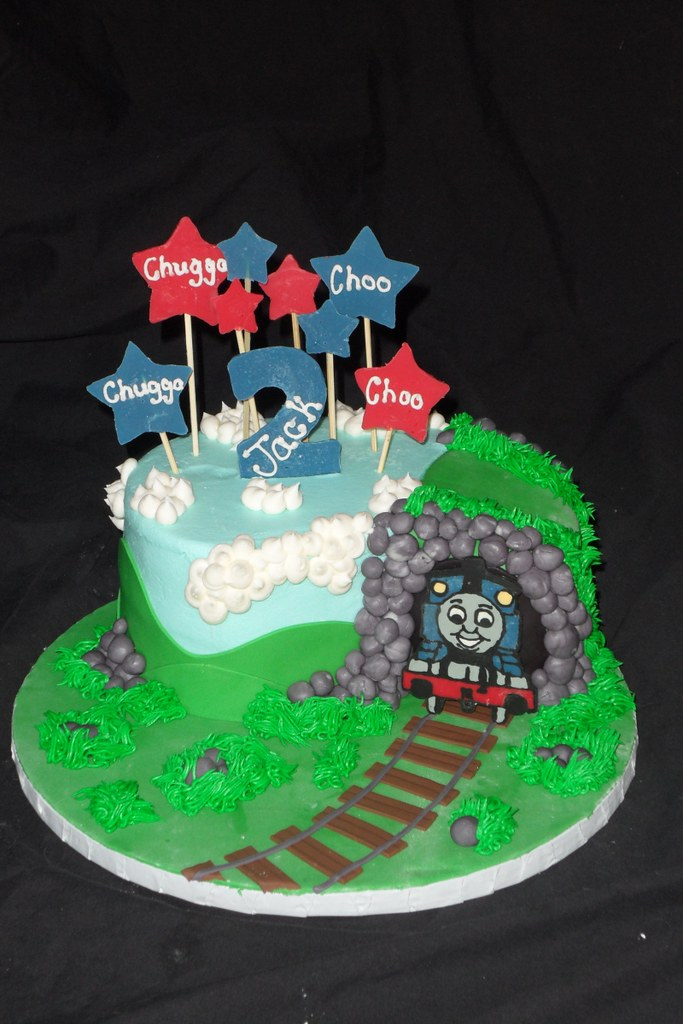 Miraculous Thomas The Train Birthday Cake And Tunnel April Wallace Cakes Funny Birthday Cards Online Eattedamsfinfo