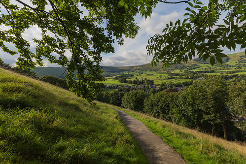 countryside hopevalley england derbyshire keep landscape castleton peakdistrict village peveril mamtor peverilcastle castle