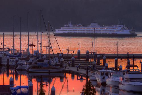 morning ferry sailboat marina sunrise dawn pier boat dock pugetsound 365 bremerton ferries harborside washingtonstateferry sinclairinlet 365project bremertonharborsidemarina
