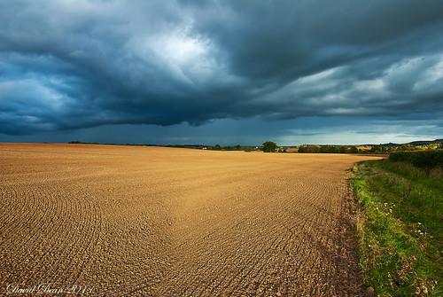 light storm field clouds rural countryside nikon arrow nikkor 1001nights warwickshire vr landsacpe d60 warks 1685mm mygearandme jactoll