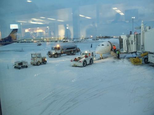 winter snow tarmac mi sunrise airport michigan terminal grandrapids grr deicing