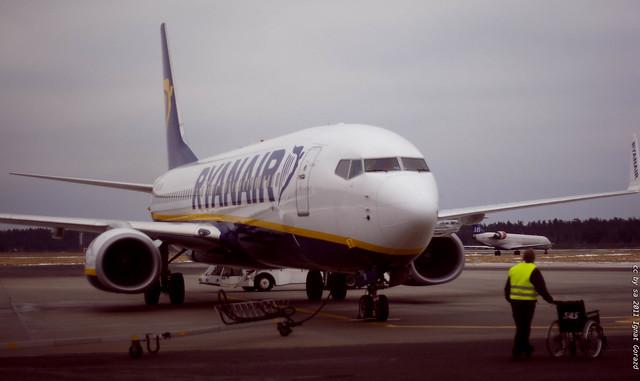 Avion de Ryanair en tierra