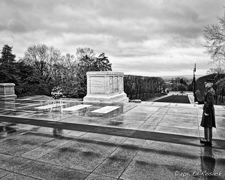 Tomb of the unknowns, Arlington National Cemetery | by Ed Rosack