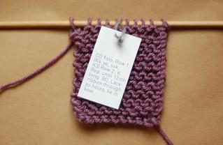 mini knit bracelet pattern | by this lyre lark