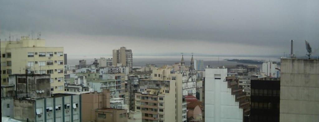 Panoramica-JanelaOeste-EsperandoaChuva-Recorte-20050524-03