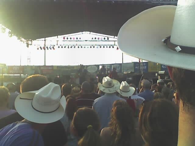 dbc94c846 Dwight Yoakam Through a Sea of Hats   How many gallons?   Ryan Olah ...
