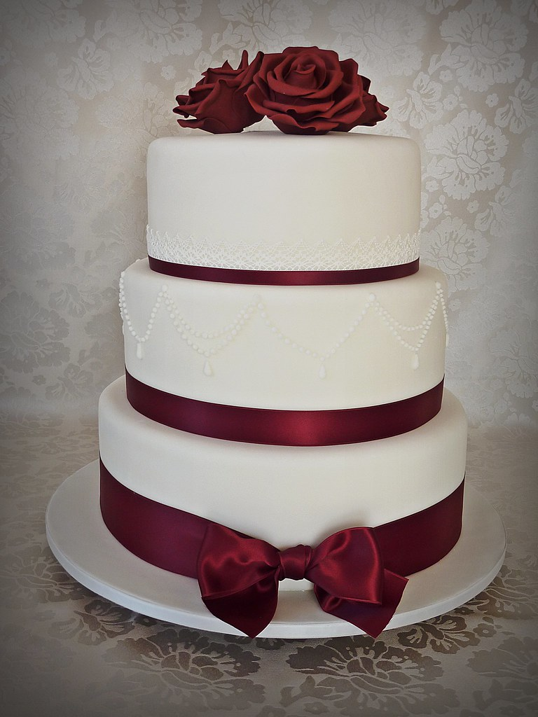 Burgundy Wedding Cake 8 10 And 12 Inch Tiers Wedding Cake Flickr