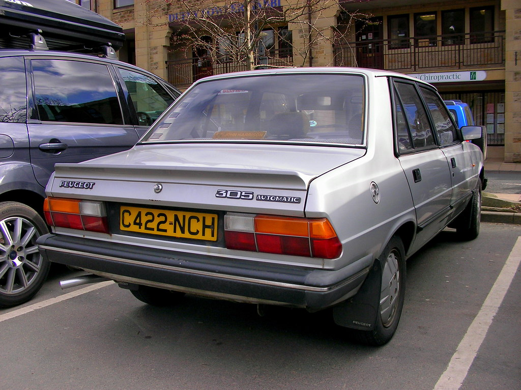 Peugeot 305 Automatic | Boo | Flickr