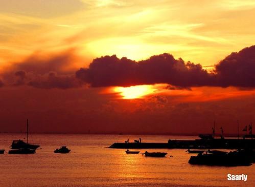 sunset clouds boats silhouettes colorphotoaward saariy natureselegantshots panoramafotografico saariysqualitypictures