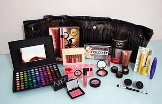 Make up! | by Thamiress