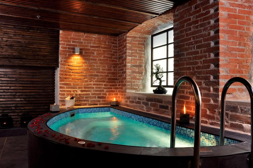 Zen SPA Japanese pool