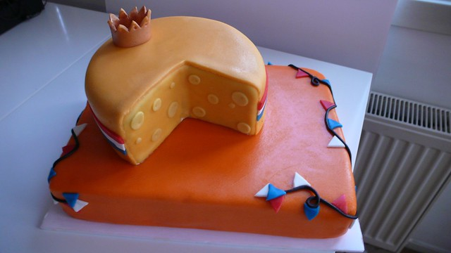 Queen's Day Cake