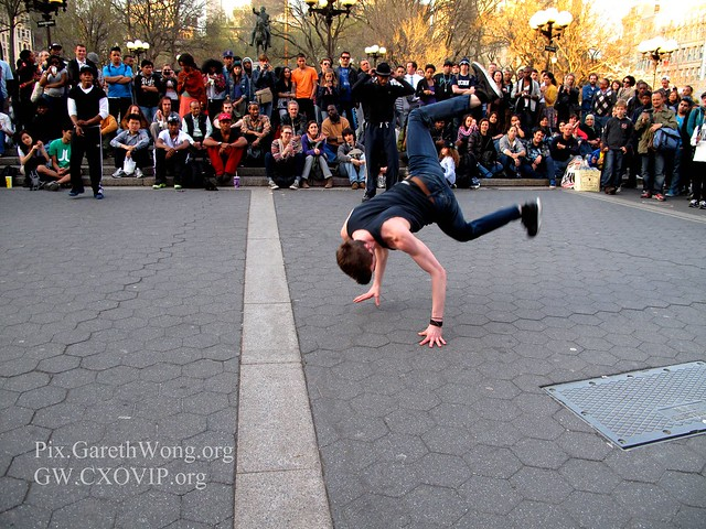 White boy can breakdance, at Union Square, New York IMG_5746
