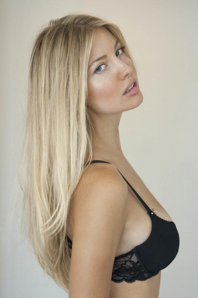 Hot Blonde Bush