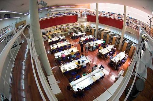 Biblioteca F. Económicas