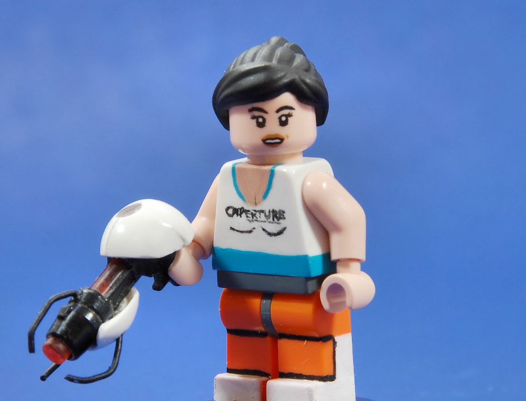 Portal Gun And Chell I M Satisfied With The Portal Gun It