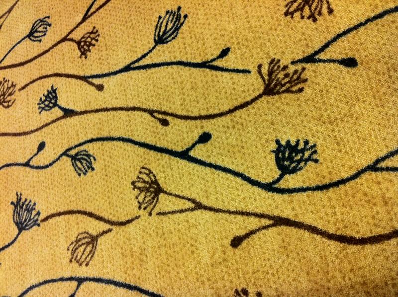 Dendritic carpet pattern