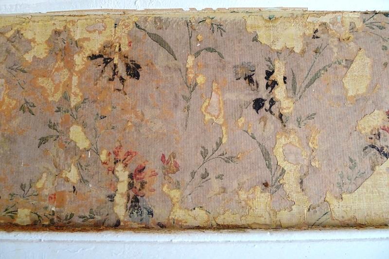 Bottom layer of wallpaper