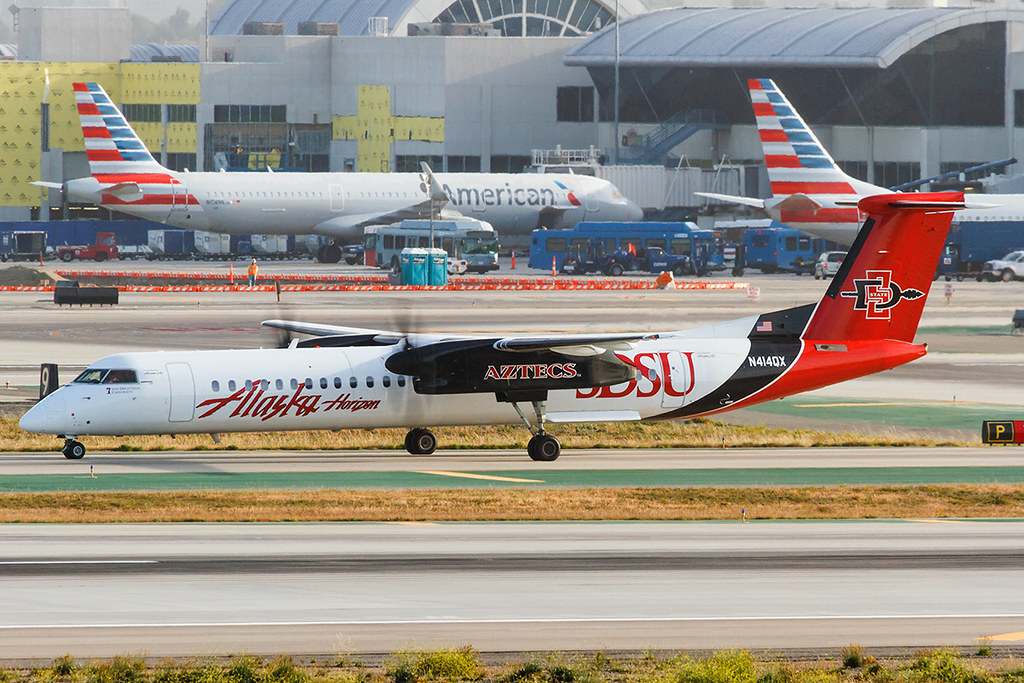 N414QX Alaska Airlines (Horizon Air) Dash 8 Q400 (LAX)