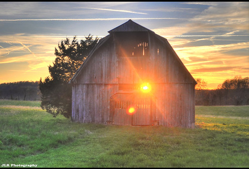 blue sunset red sky orange sun color yellow clouds barn rural nikon tennessee country lensflare weathered hdr jettrails ruralamerica 2011 cookevilletn middletennessee d5000 hdraddicted jlrphotography nikond5000 worldhdr