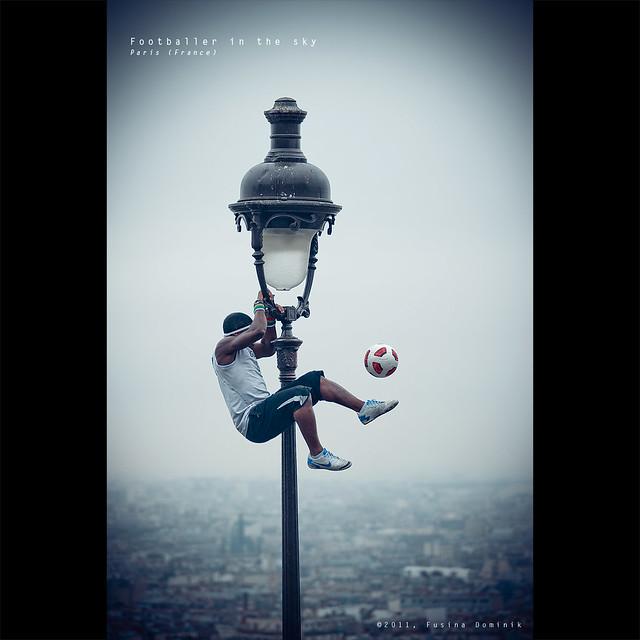 Footballer in the sky | Paris (France) {explored}