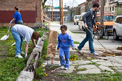 South End Earth Day 2011 - Albany, NY - 2011, Apr - 33.jpg by sebastien.barre