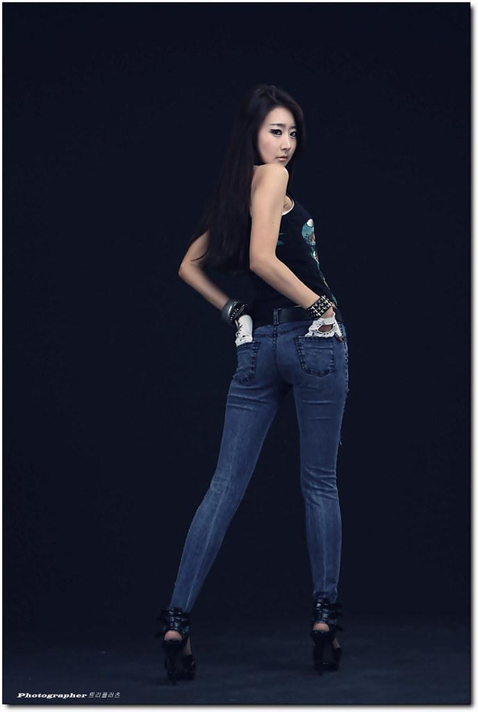Park-Hyun-Sun-Rolling-Stones-Tank-Top-14 | hakihajusk | Flickr