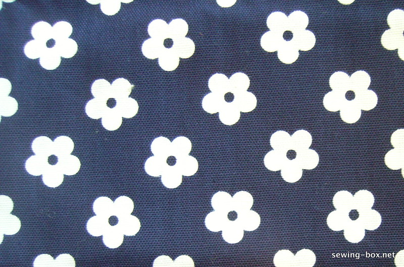 1970s Blue and White Cotton Floral Fabric