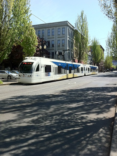 Portland MAX on SW 1st