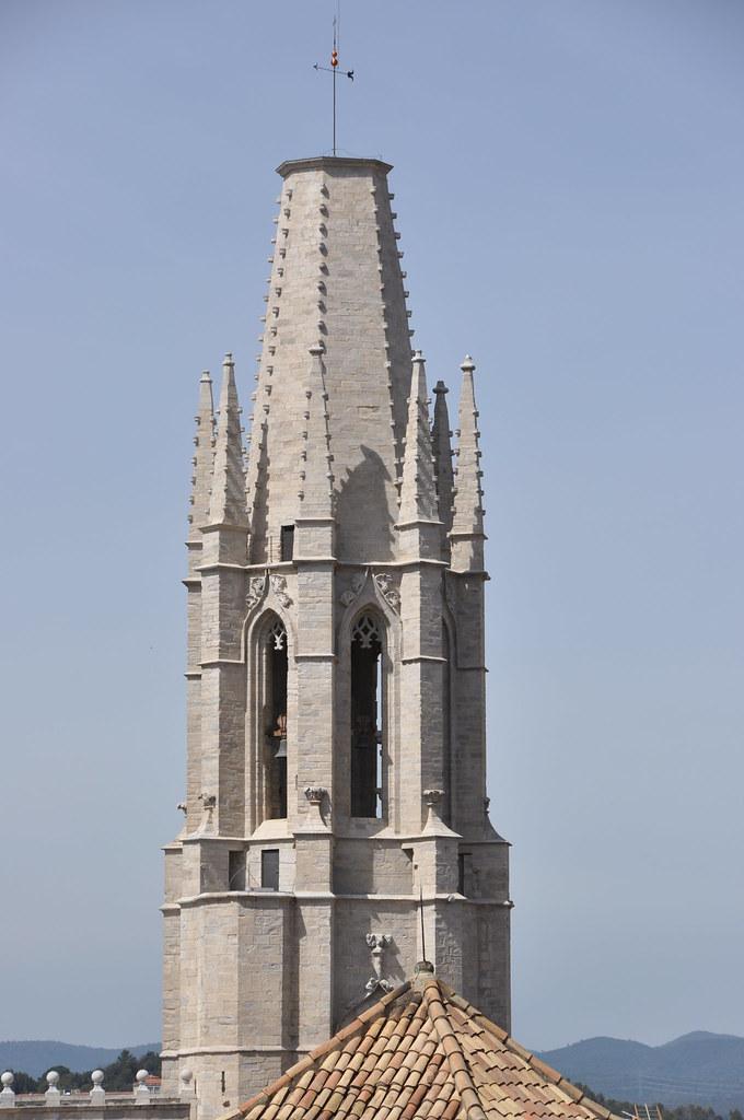 Girona. Collegiate church of St Feliu. Bell tower. 16th. C. Master builders: Joan de Belljoc, Enric Gelabert and Pere Boris.