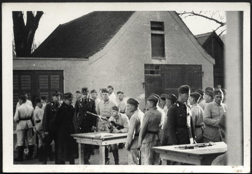 Archiv A519 Reichsarbeitsdienst, RAD, Umgang am Gewehr, 1940er