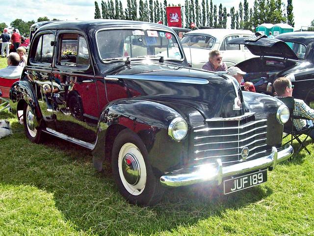 733 Vauxhall Velox LIP (1948)