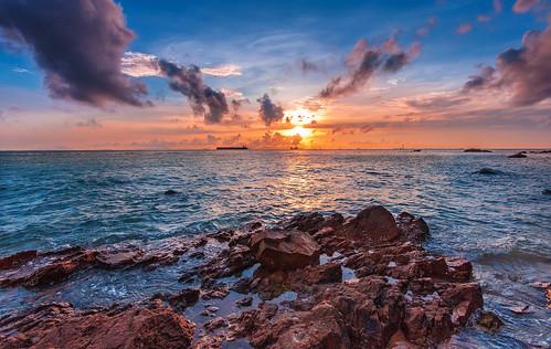 sunset sea nature landscape hongkong nikon day cloudy taio carlzeiss d700 zf2 flickrhongkong distagont2815 flickrhkma zeissphk14