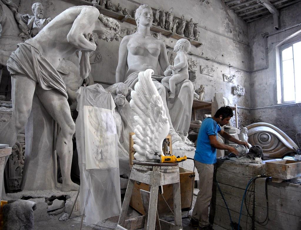 Carrara Marble Artist Workshop Nicoli Sculpture Studio
