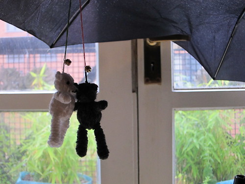 brolly bears | by artethgray