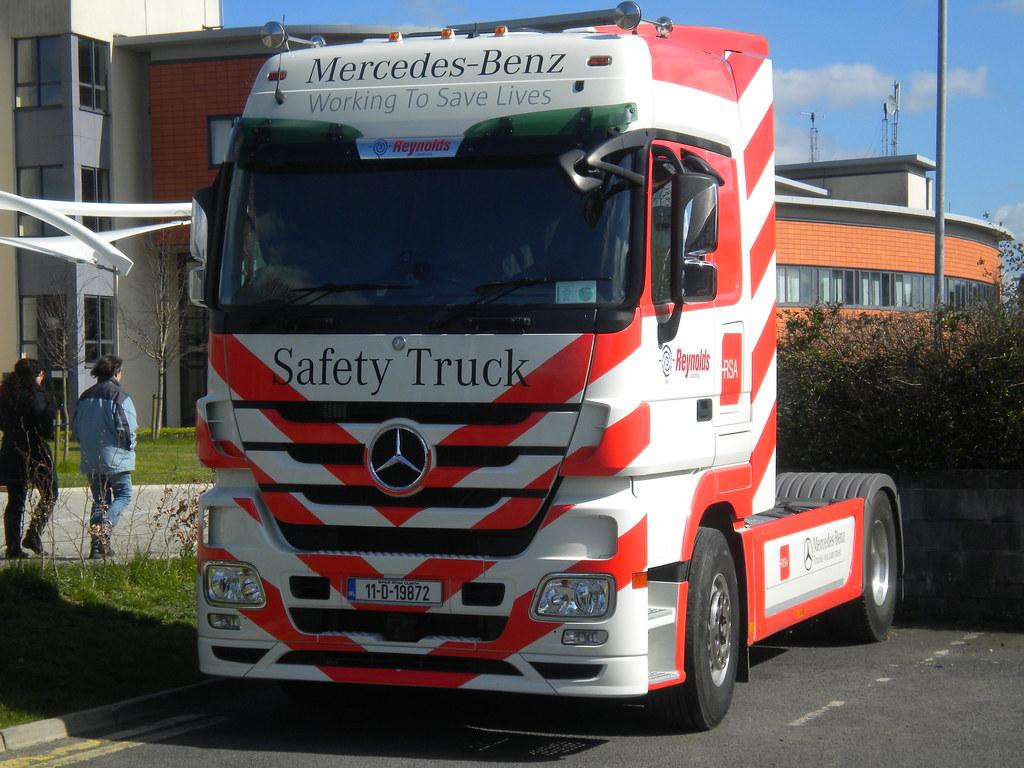Mercedes Benz Road Safety Display Truck Mercedes Benz