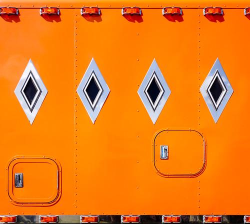 20110522_1512--DSLR-A850_28 mm_06255   by J e n s