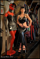 Beautiful Louva dressed in black again....