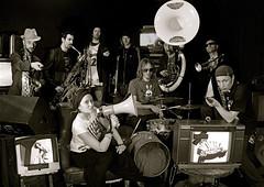 2011. február 26. 17:03 - Wombo Orchestra