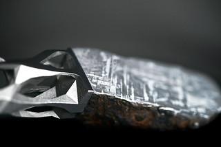 Peugeot-Design-Lab-Onyx-Sculpture-Metorite-&-3D-Printed-Metal-005