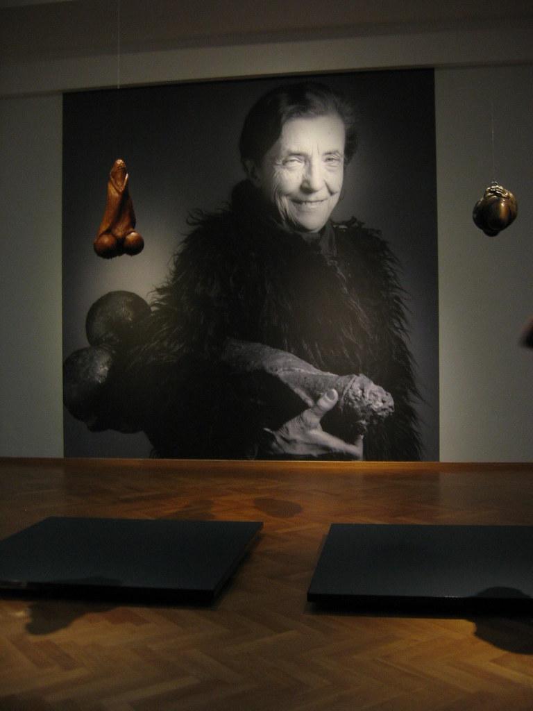 Louise Bourgeois: Fillette / Janus Fleuri (Mapplethorpe)