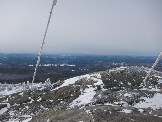 0:00:03 (1%): newhampshire snowshoeing mtcardigan